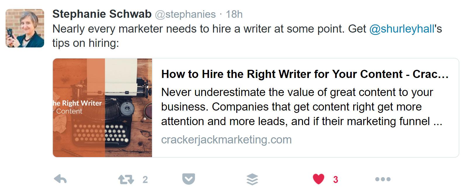 Stephanie Schwab Twitter button